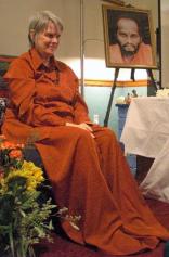 swami-sitting